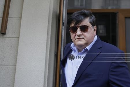 Tiberiu Urdăreanu: Pentru a detensiona situaţia, i-am dat ministrului Niţă un plic cu 30 sau cu 50 de mii de euro