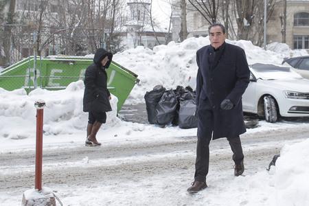 Fostul premier Petre Roman a venit la Parchetul instanţei supreme pentru inculparea din dosarul Mineriadei