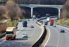 Iohannis cere reexaminarea unei Ordonanţe de Urgenţă privind fondurile europene pentru transporturi, pe motiv că încalcă regulamentele UE