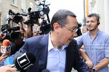 Ponta a stat doar zece minute la şedinţa Consiliului Baroului, în care a fost discutată excluderea sa