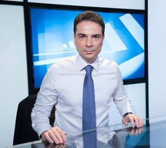 Jurnalistul Claudiu Lucaci de la TVR, luat în calcul pentru funcţia de purtător de cuvânt al Guvernului - surse