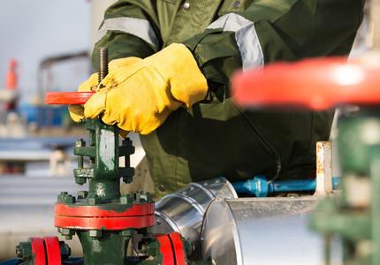 Depozitele de gaze ale României sunt umplute doar în proporţie de două treimi, deşi trebuiau să fie pline încă din octombrie. În cazul unei ierni geroase, stocurile ar putea fi insuficiente