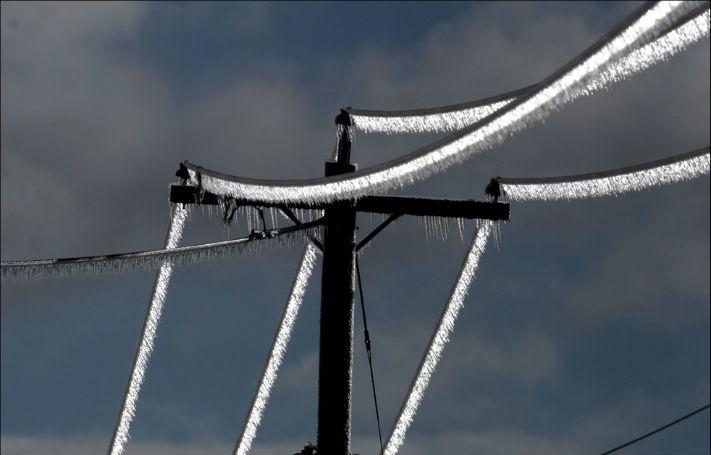 Bloomberg: Frigul arctic lasă fără energie localităţi din Europa de Sud-Est; preţurile electricităţii au urcat puternic