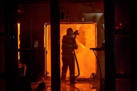 Anchetă a Poliţiei Vaslui în cazul unei locuinţe noi, distrusă în urma unui incendiu provocat intenţionat de persoane neidentificate