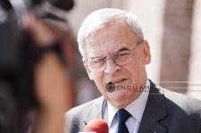 Laszlo Tokes a reiterat, la Băile Tuşnad, necesitatea potectoratului Ungariei şi autonomiei maghiarilor din Transilvania
