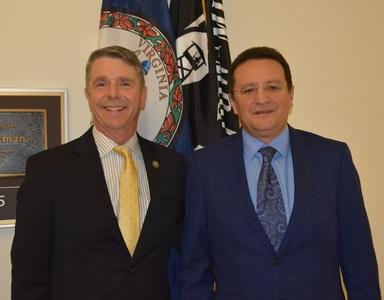Maior s-a întâlnit cu şeful Subcomitetului pentru putere maritimă şi proiecţia forţelor al Camerei Reprezentanţilor din SUA