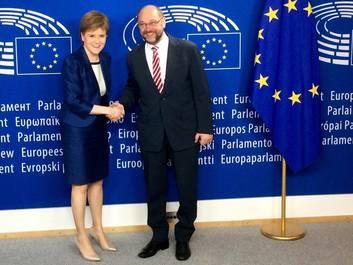 Nicola Sturgeon: Scoţia este determinată să rămână în Uniunea Europeană