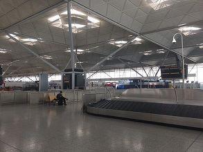 Alertă pe aeroportul Stansted din Marea Britanie; toţi pasagerii au fost evacuaţi