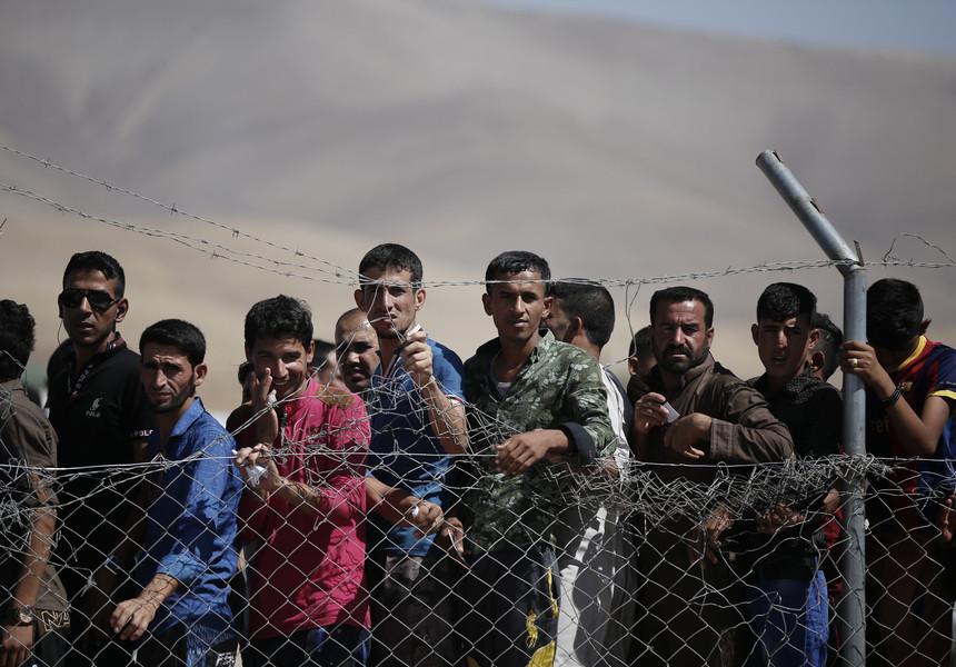 România a promis să accepte cel puţin de zece ori mai mulţi refugiaţi decât în anul 2015, spun oficiali SUA
