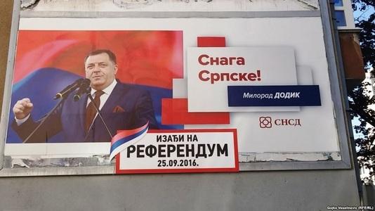 """Etnicii sârbi se pronunţă prin referendum pe tema unei """"zile naţionale"""" în Republica Srpska şi creează tensiuni în Bosnia şi Herţegovina"""