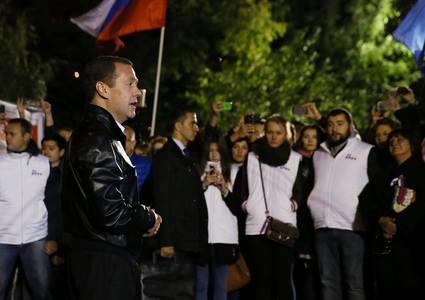"""Premierul Medvedev susţine că administraţia Barack Obama îşi încheie mandatul într-o """"agonie anti-Rusia"""""""