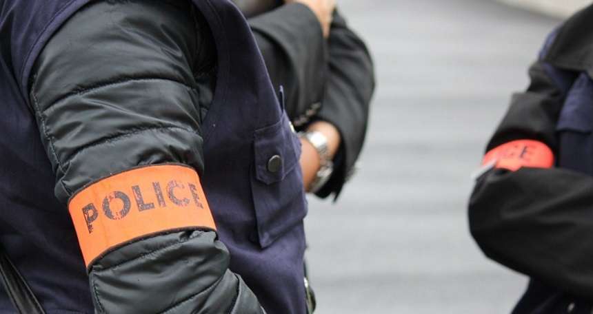 Şaptesprezece poliţişti francezi de proximitate înregistraţi ca radicalizaţi în perioada 2012-2015 la Paris