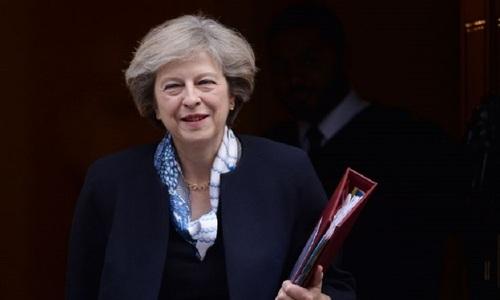 """Cetăţenii europeni vor fi """"bineveniţi"""" în continuare în M.Britanie după Brexit, spune May, care speră că acest tratament va fi reciproc"""