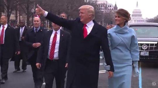 UPDATE Donald Trump a depus jurământul şi a devenit al 45-lea preşedinte al Statelor Unite. Trump a ajuns la Casa Albă după parada militară de învestire. Festivităţile continuă cu trei baluri  - LIVE VIDEO, FOTO