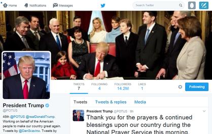 Sute de mii de utilizatori de Twitter, trecuţi automat ca followeri ai lui Donald Trump, în urma unei erori tehnice