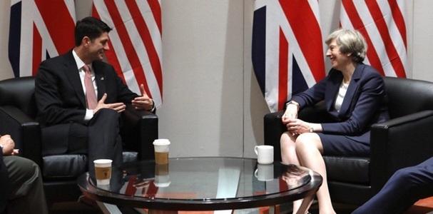 """Regatul Unit şi SUA nu pot reveni la intervenţii militare """"eşuate"""", le spune May republicanilor la Philadelphia - VIDEO"""