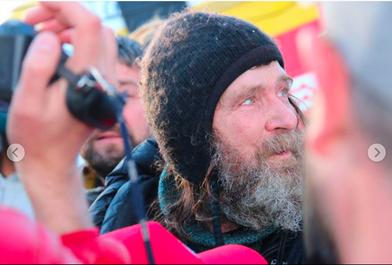 Un rus în vârstă de 64 de ani a stabilit recordul mondial la zborul cu balonul în jurul lumii