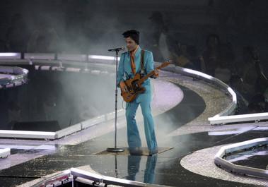 Familia cântăreţului Prince va organiza un concert în onoarea artistului pe 13 octombrie