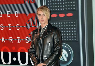 Justin Bieber a intrat cu 8 titluri în noua ediţie a Cărţii Recordurilor Guinness