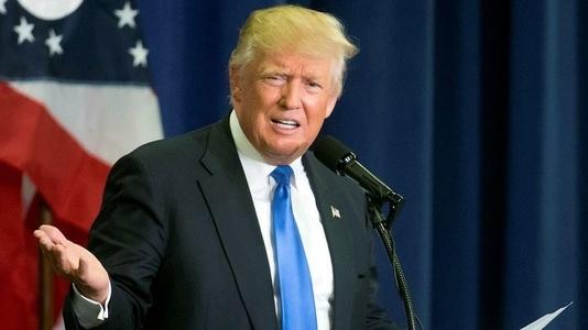 """Donald Trump, ţinta atacurilor lui Roger Waters în faţa publicului mexican: """"Trump, eşti un dobitoc!"""" VIDEO"""