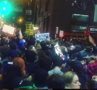 Mark Ruffalo, Madonna şi Cher au participat la protestul anti-Trump organizat miercuri la New York. VIDEO