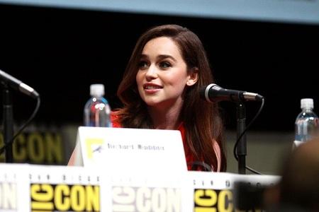 """Emilia Clarke, o actriţă din """"Game of Thrones"""", va face parte din distribuţia unui spin-off din franciza """"Star Wars"""", dedicat personajului Han Solo"""
