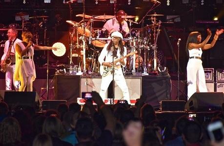 Grupul Chic va lansa primul album după 25 de ani, în 2017, când Nile Rodgers va primi Premiul de Excelenţă la Rock and Roll Hall Of Fame