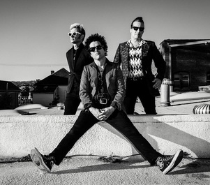 Green Day a lansat un videoclip cu un puternic mesaj anti-Trump. VIDEO