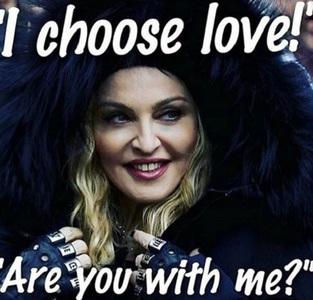 Madonna şi-a clarificat declaraţia anti-Trump de la Marşul Femeilor: Am vorbit în metafore
