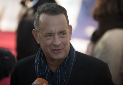 Tom Hanks va publica prima sa carte, cu 17 povestiri scurte inspirate din pasiunea lui pentru maşinile de scris