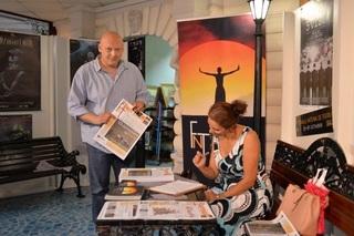 Biroul de informare al Festivalului Naţional de Teatru s-a deschis în pasajul Universităţii