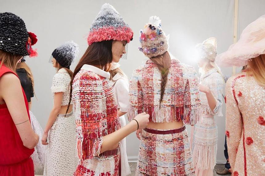 TV5 Monde difuzează documentare şi interviuri pentru a marca Săptămâna Modei de la Paris