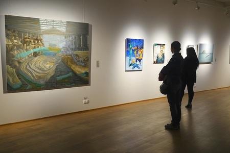 REPORTAJ: Noaptea Albă a Galeriilor: O cursă activă prin 90 de spaţii, între Muzeul de Artă Recentă şi Rezidenţa Scena9 - FOTO