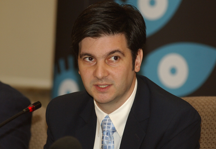 Liviu Jicman a renunţat la postul de vicepreşedinte al ICR şi a preluat conducerea Muzeului Naţional Cotroceni