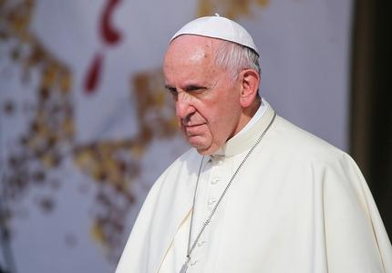 """Papa Francisc îndeamnă liderii lumii să lupte împotriva """"invaziei teroriste"""" şi condamnă atacul de la Istanbul"""