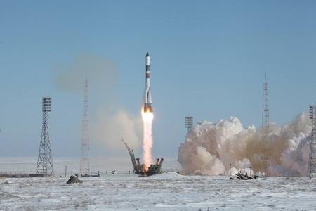 O capsulă rusească de tip cargo a decolat spre Staţia Spaţială Internaţională