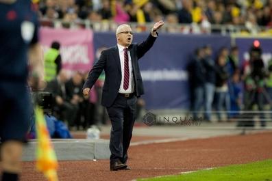 Iordănescu a anunţat lotul pentru Euro-2016: Selecţionerul a renunţat la Toşca, Ropotan, Hora, Ivan şi Maxim. FOTO