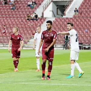 CFR Cluj a învins Gaz Metan Mediaş, scor 2-1, şi a urcat pe locul 5 în Liga I