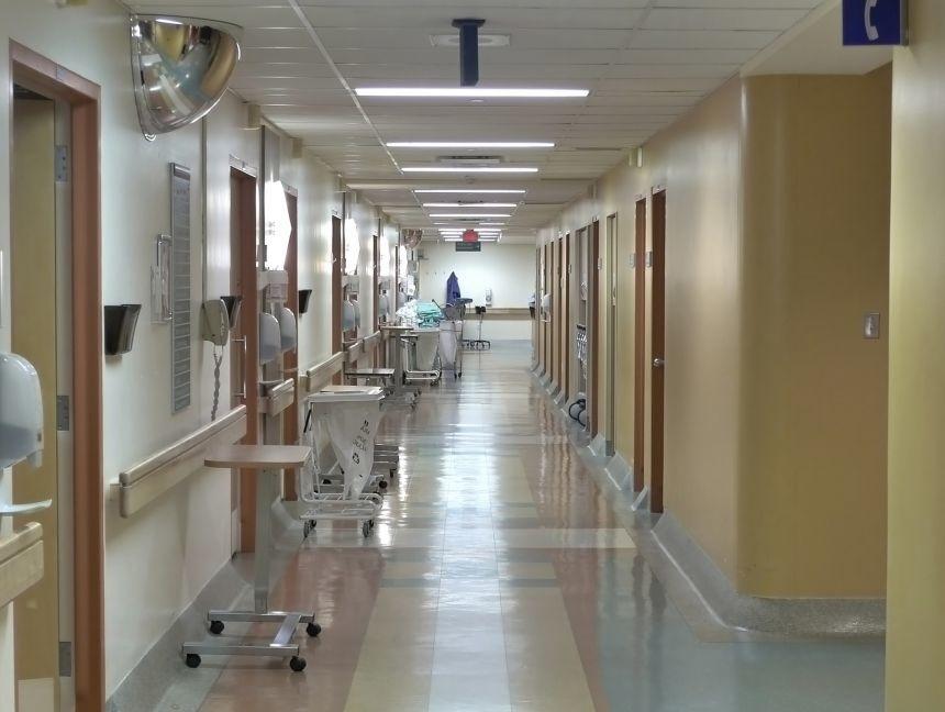 Dâmboviţa: Spitalul Găeşti şi o secţie a Spitalului Moreni, transformate în spitale suport COVID-19, după ce capacitatea unităţilor sanitare desemnate anterior pentru pacienţi cu SARS-Cov 2 a fost depăşită