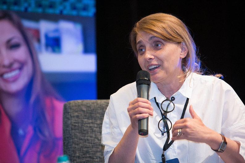 """Aneta Bogdan: """"Nu trebuie să lăsăm tehnologia să ne acapareze"""""""