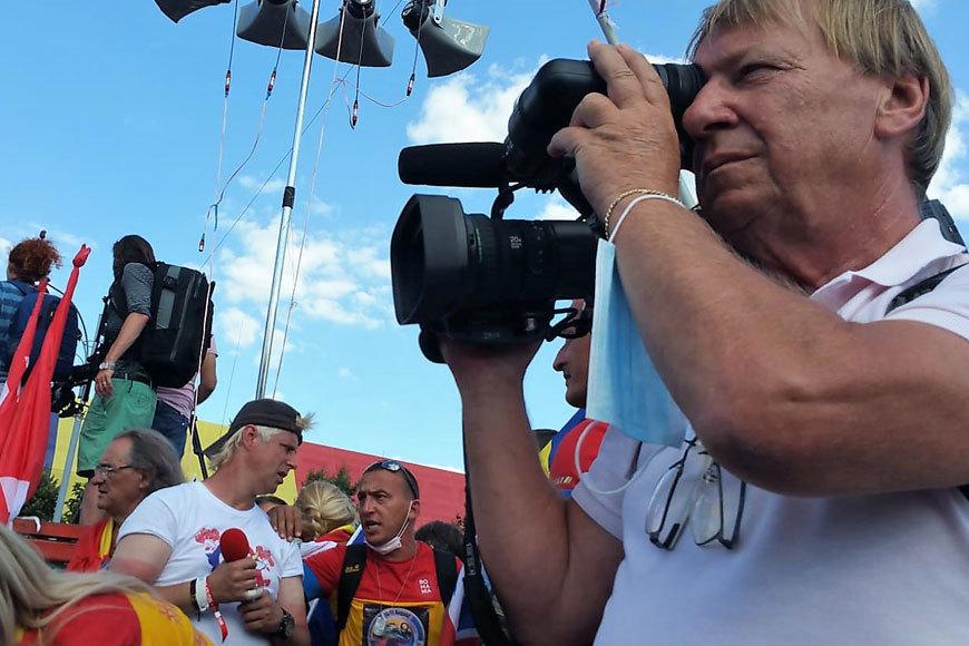 JANDARMERIADA 2018: interviu cu jurnalişti români şi străini prezenţi, agresaţi şi abuzaţi în Piaţă