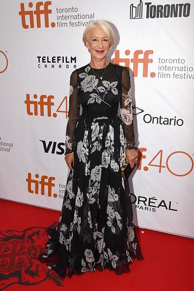 Helen Mirren a ales tot un model floral pentru rochia sa frumoasă, dar nu a fost impresionantă