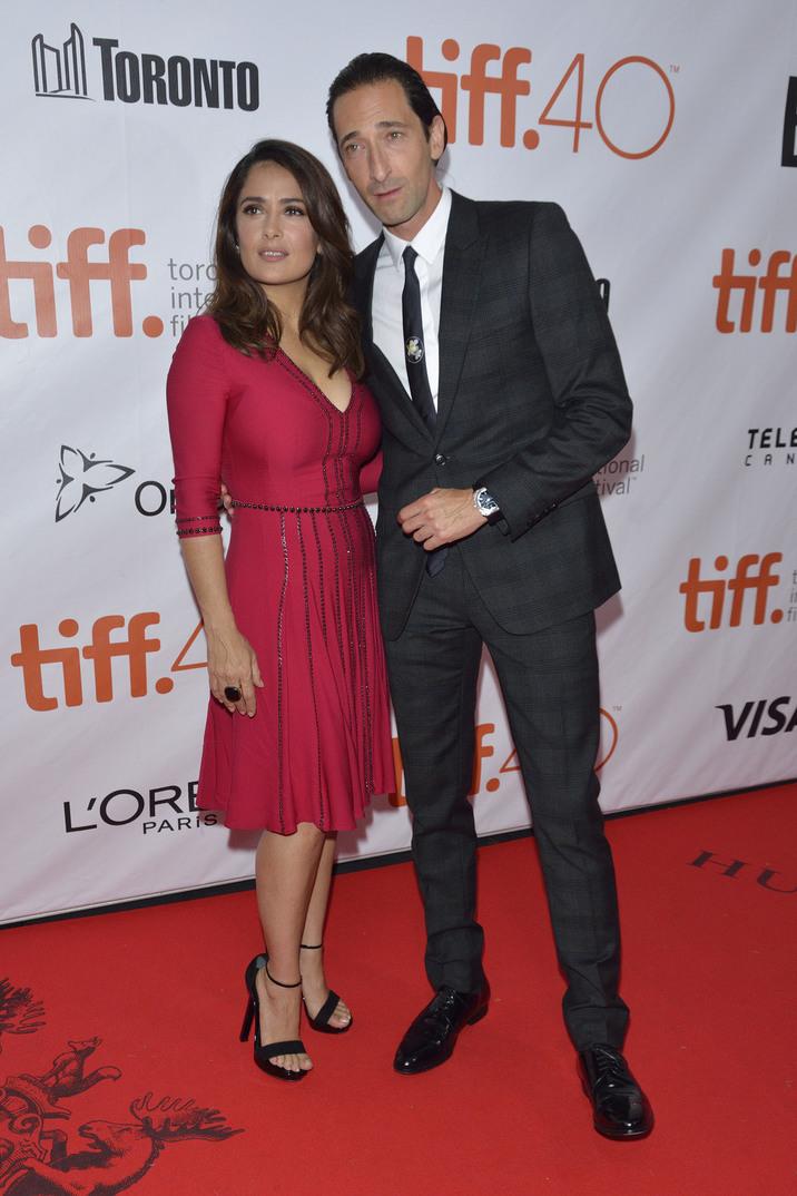 Salma Hazyek şi Adrien Brody, conservatori şi eleganţi la TIFF Featuring: Salma Hayek, Adrien Brody Where: Toronto, Canada When: 16 Sep 2015 Credit: Dominic Chan/WENN.com