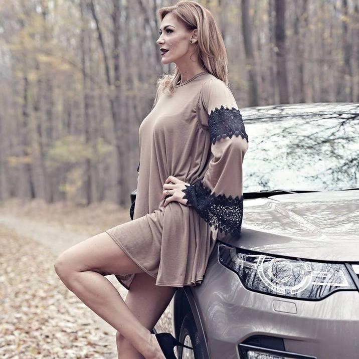 Roxana Ciuhulescu blonda par lung