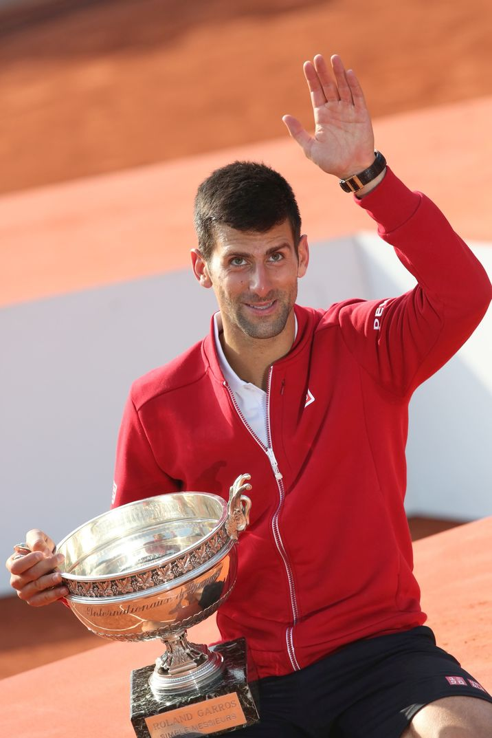 Novak Djokovic - Novak Djokovic remporte les Internationaux de France de tennis de Roland Garros face à Andy Murray le 5 Juin 2016. © Jacovides - Moreau /Bestimage Novak Djokovic won the Internationaux de France tennis Roland Garros Vs Andy Murray in Paris, France on June 5, 2016.