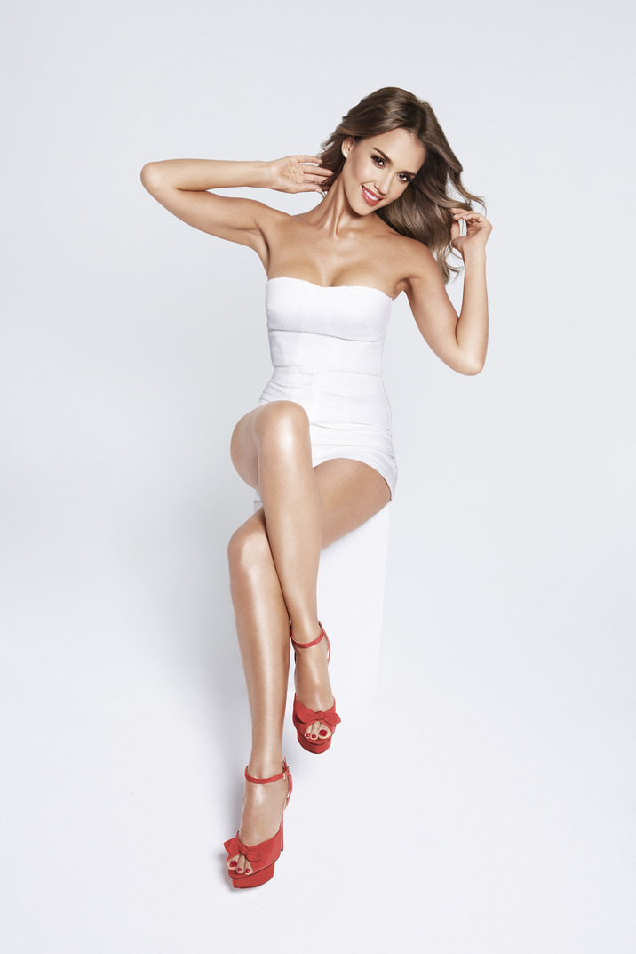 Jessica Alba nouvelle égérie de la marque Braun pour sa nouvelle campagne Silk-epil 9 American actress Jessica Alba is the face of Braun's latest campaign for the Silk-epil 9. The 33 year old mother of two, bares her long legs and toned body for the revealing images.