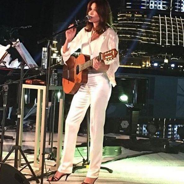 Carla-Bruni (2)