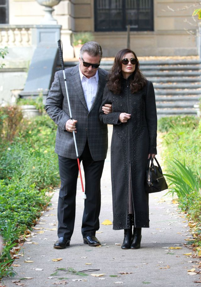 51903462 Demi Moore and Alec Baldwin on the set of 'Blind', filming in the Bronx, New York on November 09, 2015. FameFlynet, Inc - Beverly Hills, CA, USA - +1 (818) 307-4813