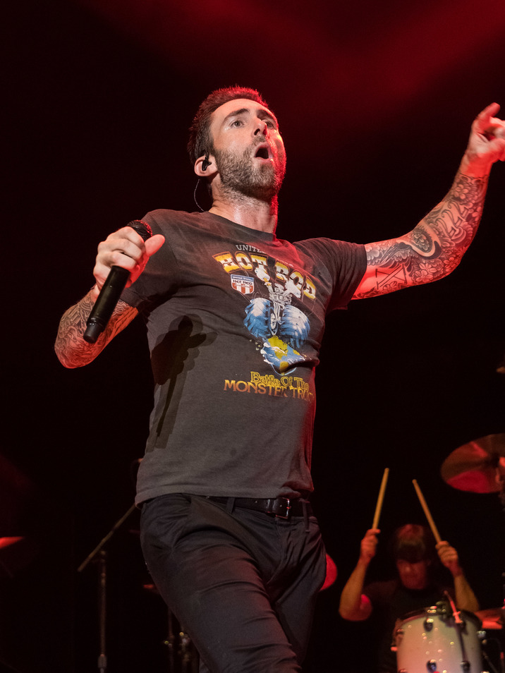"Adam Levine nu mai e no 1 la ""The Voice"""