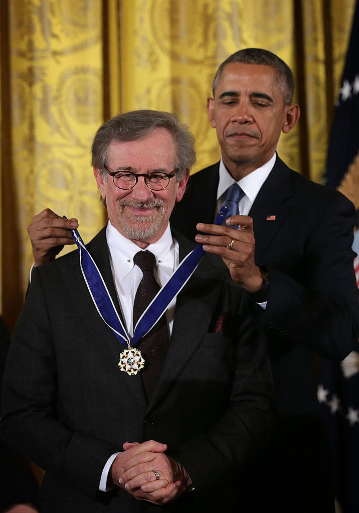 Regizorul Steven Spielberg s-a numărat şi el printre distinşi